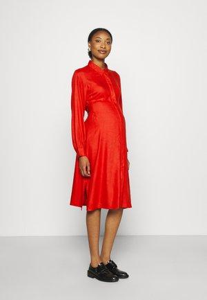 MLINUS LIA SHIRT DRESS - Košilové šaty - pompeian red