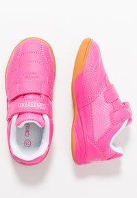 Kappa - KICKOFF - Scarpe da fitness - pink/white - 1