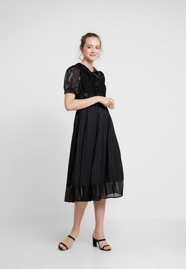 TOURNAMENT MIDI DRESS - Juhlamekko - black