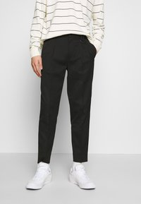 Topman - PLEAT TAPER - Trousers - black - 0