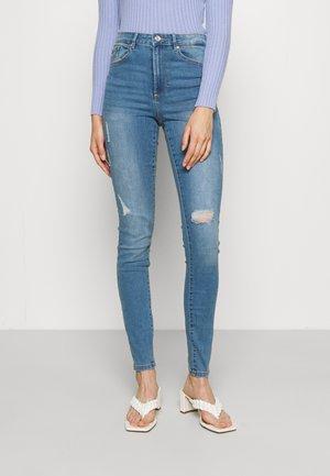VMSOPHIA DESTROY - Jeans Skinny Fit - light blue denim
