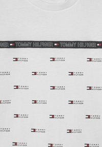 Tommy Hilfiger - TAPE  - T-shirt z nadrukiem - white - 2