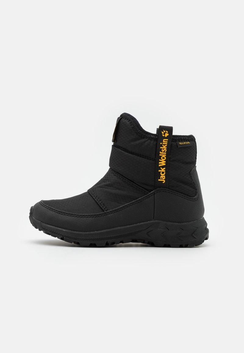 Jack Wolfskin - WOODLAND TEXAPORE WT MID UNISEX - Hiking shoes - black/burly yellow