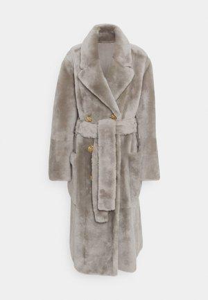 LUXURY COAT - Zimní kabát - dove