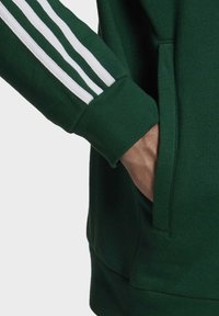adidas Originals - STRIPES HOODIE - Hoodie - green - 6