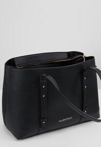 Valentino by Mario Valentino - ALMA - Handbag - black - 3