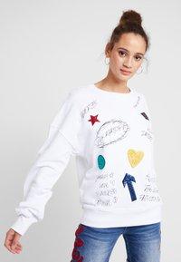 Desigual - MONI - Sweatshirt - blanco - 0