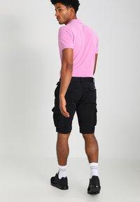 INDICODE JEANS - MONROE - Shorts - black - 2