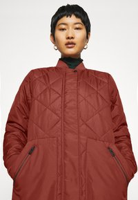 Selected Femme - SLFNATALIA QUILTED COAT - Bomber Jacket - smoked - 4