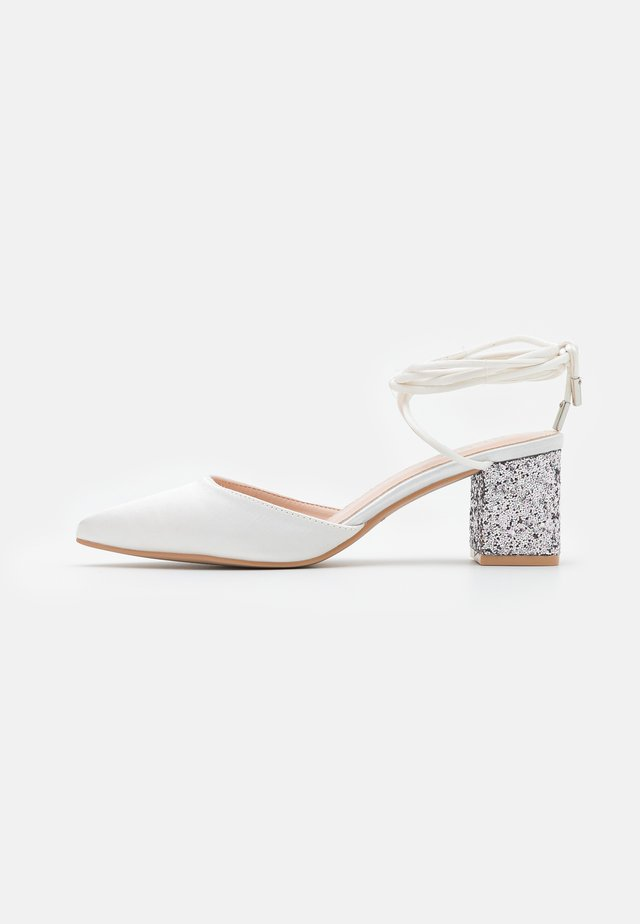 HONOR - Pumps - ivory