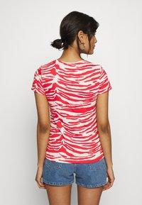Calvin Klein - ZEBRA PRINT STRETCH TEE - Print T-shirt - red/white - 2
