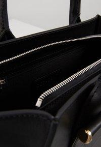 Decadent Copenhagen - LYNETTE SMALL TOTE - Handtasche - black - 4