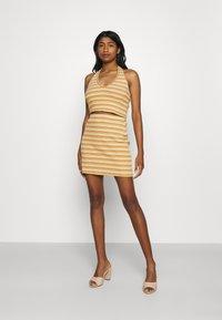 Glamorous - MAYA HALTER NECK CROP WITH SKIRT SET - Pencil skirt - yellow rust - 0