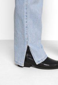 Weekday - ROWE SPLIT - Straight leg jeans - lula blue - 4