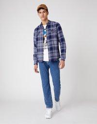 Wrangler - LS 2 POCKET FLAP SHIRT - Shirt - patriot blue - 1