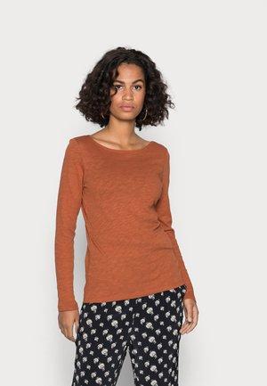 LONG SLEEVE BOAT NECK - Pitkähihainen paita - rustic orange