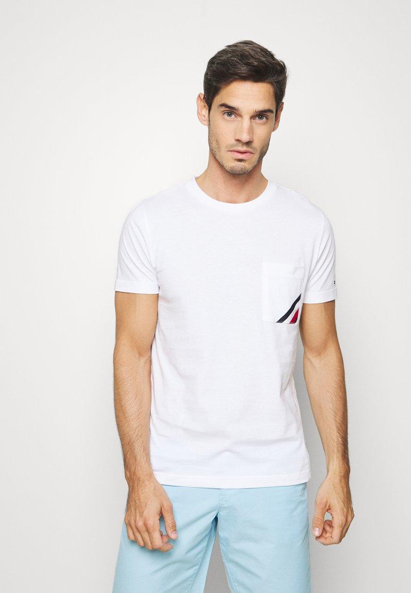 Tommy Hilfiger - POCKET TEE - Basic T-shirt - white