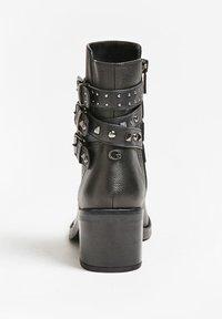 Guess - Cowboy/biker ankle boot - schwarz - 2