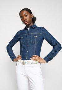 Versace Jeans Couture - LADY - Button-down blouse - indigo - 3