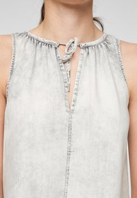 QS by s.Oliver - Top - grey - 3