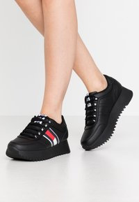 Tommy Jeans - HIGH CLEATED  - Trainers - black - 0