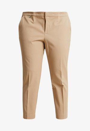 LYCETTE PANT - Kalhoty - birch tan