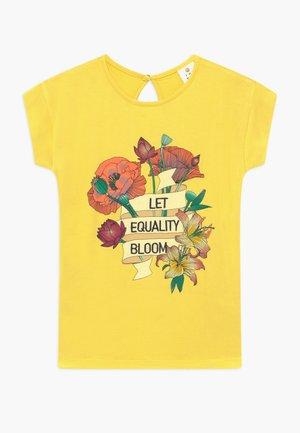 ODILLA TEE - Camiseta estampada - aurora
