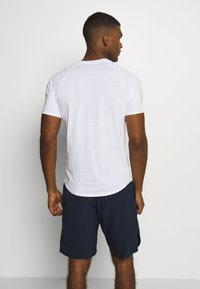 Nike Performance - RAFAEL NADALEL NADAL - T-shirt med print - white/lucid green - 2