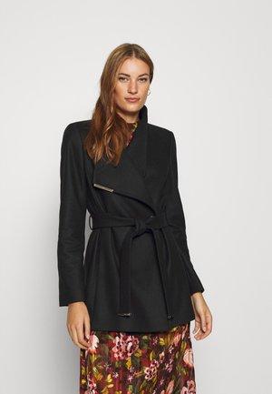 ROSESS - Zimní kabát - black