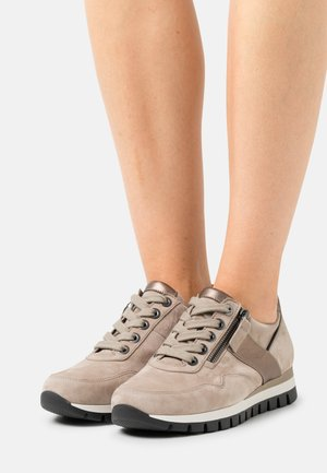 Sneakers laag - sabbia/fango/schwarz