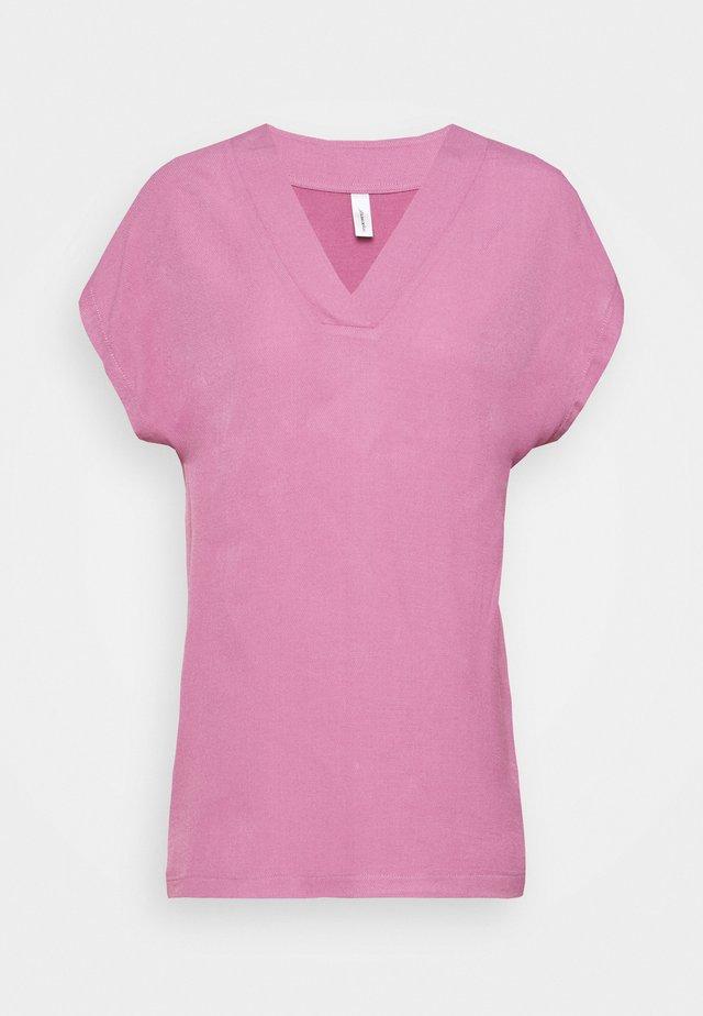 SANELA - Blouse - dark pink rose