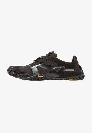 Sportschoenen - black
