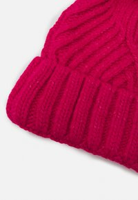 Marks & Spencer London - GEO BOBBLE HAT - Beanie - hot pink - 2