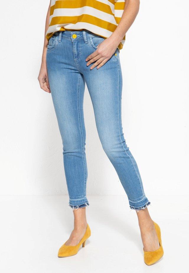 LEONI - Slim fit jeans - hellblau