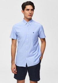 Selected Homme - Business skjorter - light blue - 0
