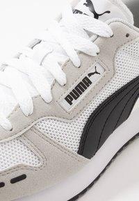 Puma - R78 UNISEX - Trainers - white/gray violet/black - 5