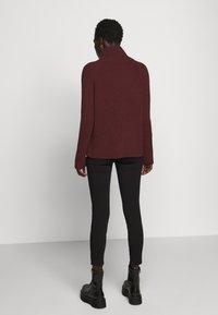 DRYKORN - ARWEN - Sweter - rot - 2