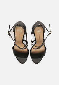 Cosmoparis - ZEANA VEGAN - Sandals - noir - 4