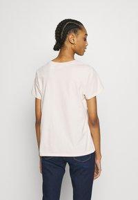 Levi's® - PERFECT TEE - T-shirts print - peach blush - 2