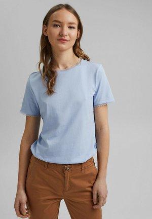 Basic T-shirt - light blue lavender