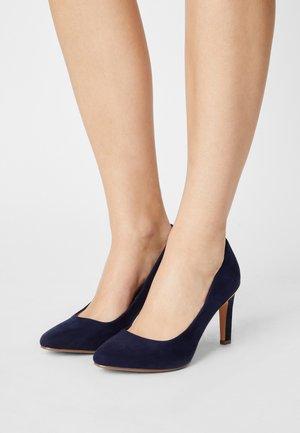 WIDE COMFORT DEIDRE COURT - Classic heels - navy
