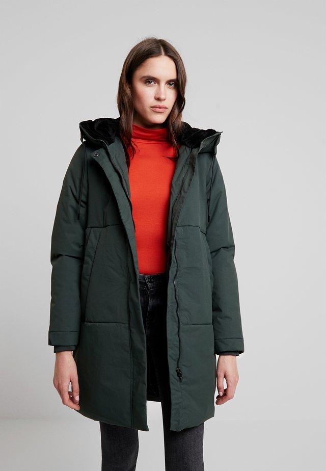 TIRIL - Winter coat - bottle green