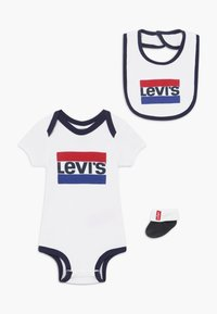 Levi's® - CLASSIC SPORTSWEARLOGO SET - Baby gifts - white - 0