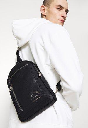 CROSSBODY BAG UNISEX - Across body bag - black