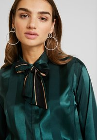 YAS - YASAUDREY LS BOW SHIRT  SHOW - Blouse - green gables - 4