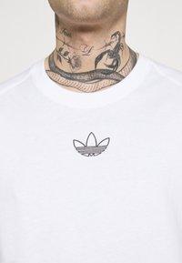 adidas Originals - ARCHIVE - T-shirt med print - white - 3