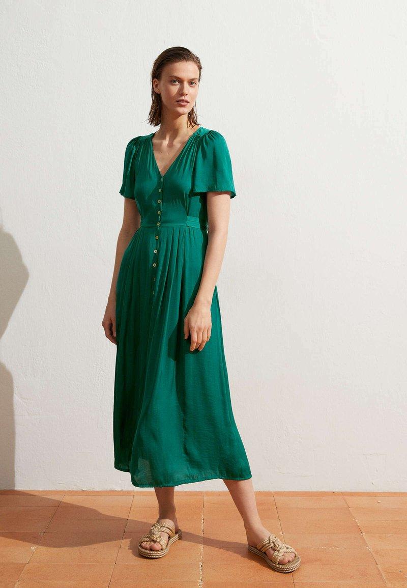 OYSHO - Day dress - evergreen
