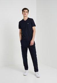 Emporio Armani - 2 PACK - T-shirt basique - dark blue - 0
