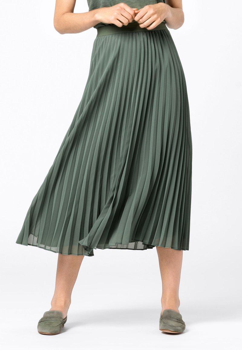 HALLHUBER - Pleated skirt - seegrün