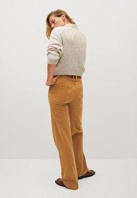 Mango - LOLA-I - Flared jeans - braun - 2